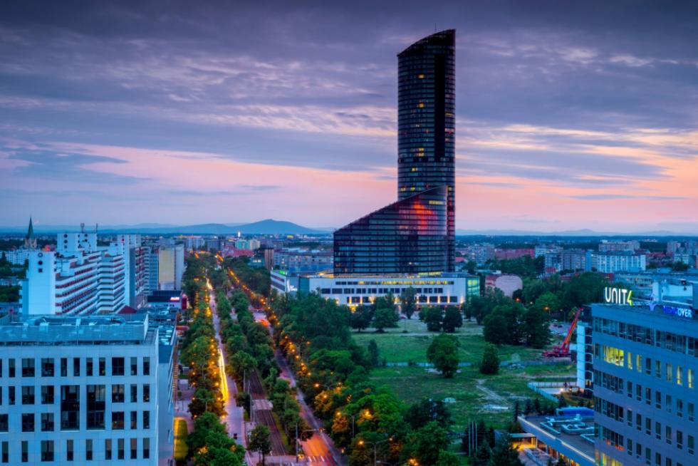 Od 18 maja można podziwiać panoramę Wrocławia zPunktu Widokowego wSky Tower
