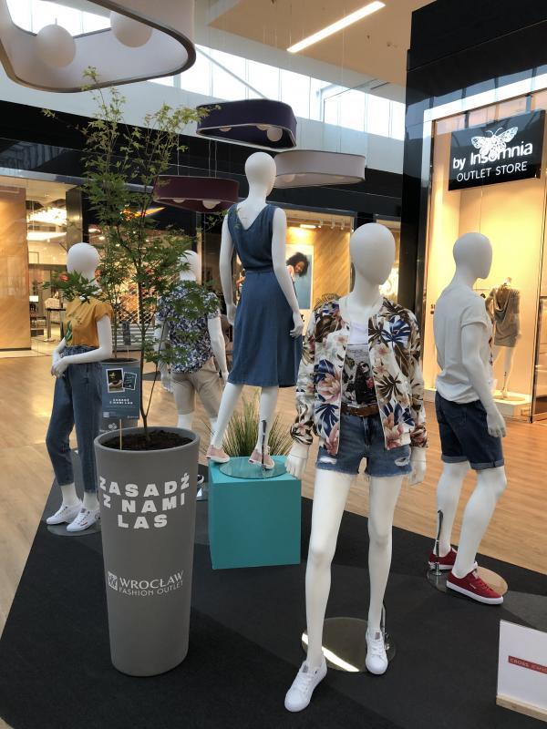 Zasadź las wspólnie zWrocław Fashion Outlet