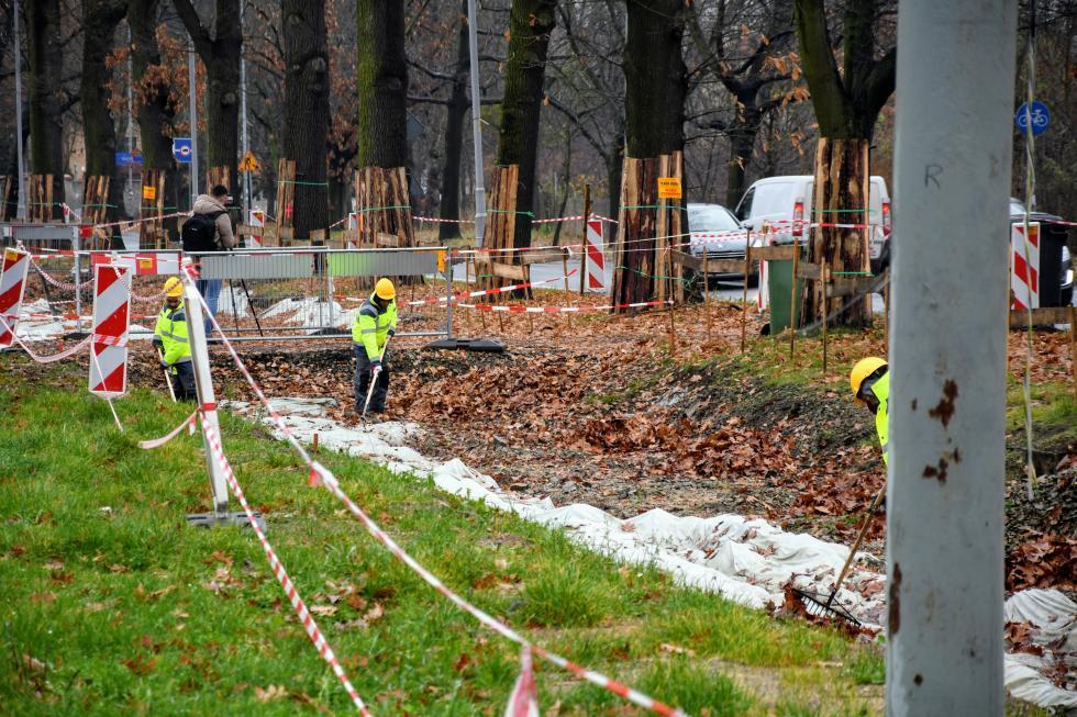 Kolejny etap remontu torowiska isieci trakcyjnej na ulicy Olszewskiego